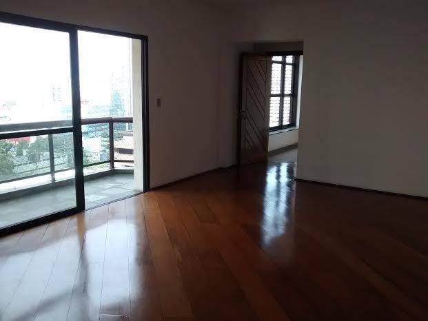 Apartamento 3 dorms, 1 st, sacada e 2 vagas. Jd BELA VISTA