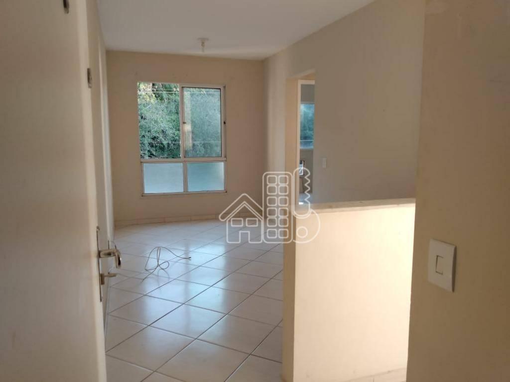Apartamento com 2 dormitórios à venda, 49 m² por R$ 245.000,00 - Barreto - Niterói/RJ