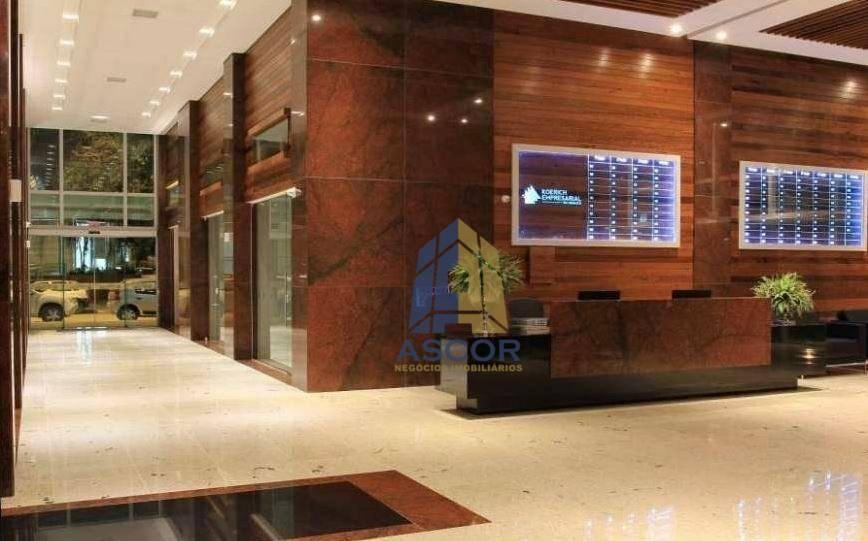 Sala comercial muito bem localizada no centro, Florianópolis.