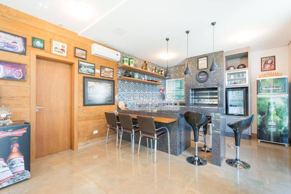 Sobrado com 4 dormitórios à venda, 455 m² por R$ 2.300.000,00 - Condomínio Villagio do Engenho - Cambé/PR