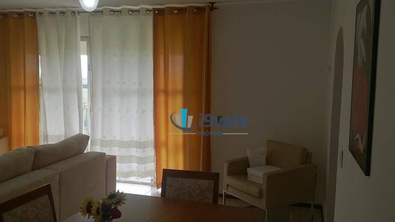 Apartamento de 4 dormitórios à venda em Centro, São José Dos Campos - SP