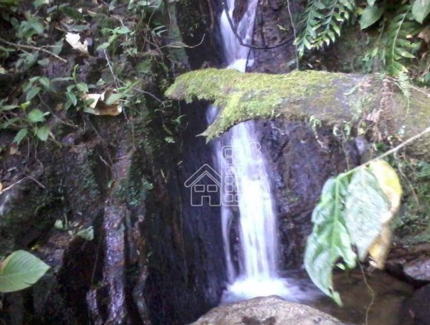 Sitio com Cachoeira em Rio Bonito