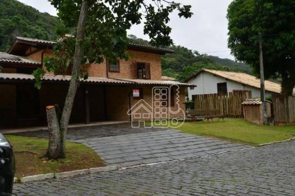 Casa com 4 dormitórios para alugar, 300 m² por R$ 4.000/mês - Itaipu - Niterói/RJ