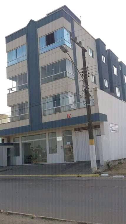 Apartamento meia praia Itapema - SC