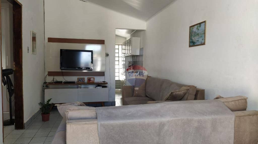 Venda, oportunidade, casa 3 quartos em Benedito Bentes.