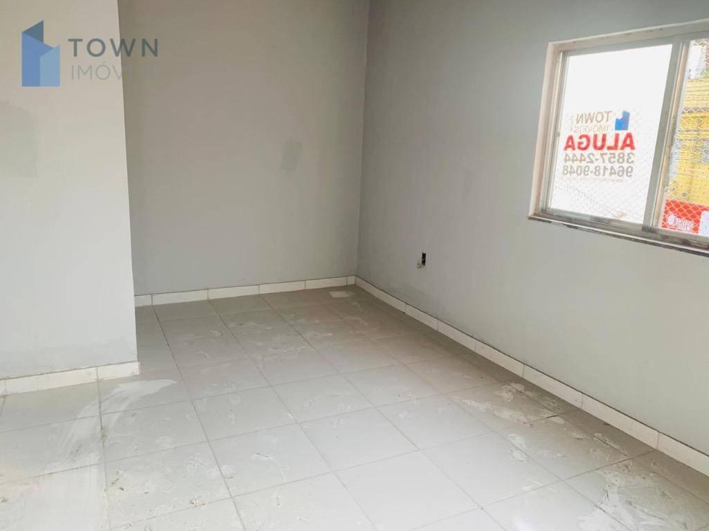 Apartamento para alugar, 70 m² por R$ 750,00/mês - Alcântara - São Gonçalo/RJ