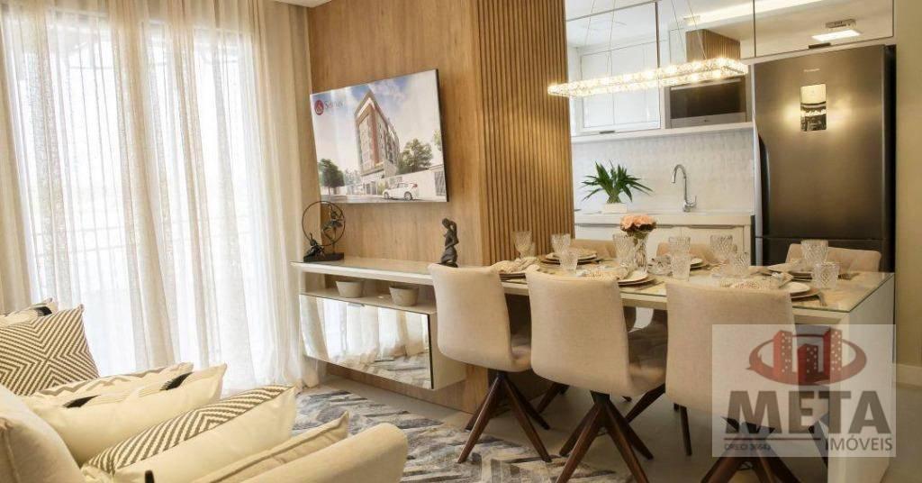 Apartamento com 2 Dormitórios à venda, 70 m² por R$ 374.735,07