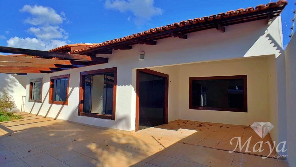 Casa 4 Quartos, sendo 3 Suítes, 260 m² c/ lazer na 906 Sul