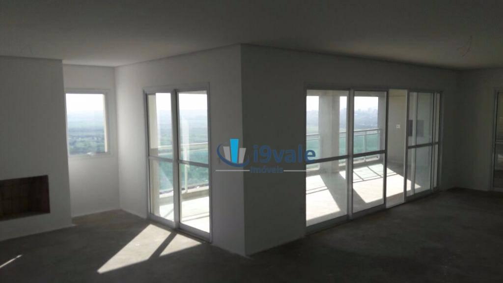 Apartamento de 4 dormitórios à venda em Jardim Das Colinas, São José Dos Campos - SP