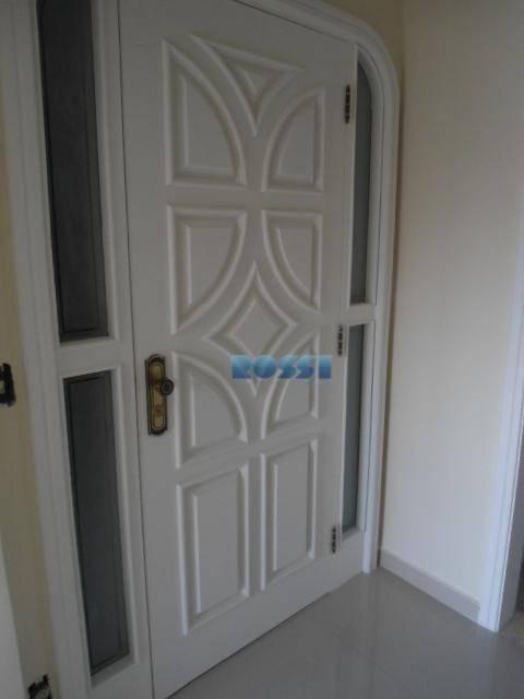excelente apartamento 01 por andar. 03 dormitórios, sendo 01 suíte. lavabo. terraço amplo. sala 03 ambientes....