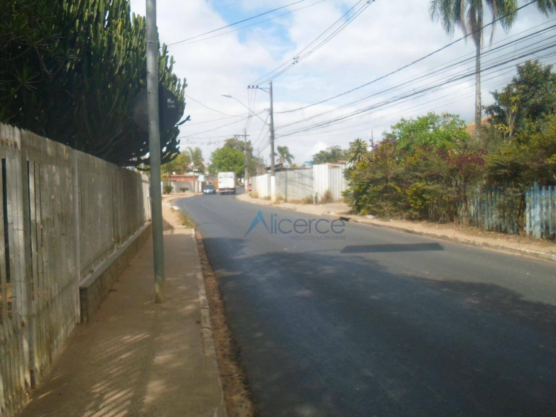 Terreno à venda, 4378 m² por R$ 4.800.000,00 - Aeroporto - Juiz de Fora/MG