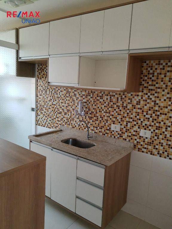 Apartamento com 2 dormitórios à venda, 47 m² por R$ 190.000,00 - Água Chata - Guarulhos/SP