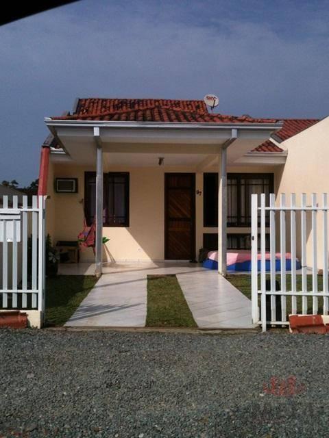 Casa com 3 Dormitórios à venda, 72 m² por R$ 250.000,00