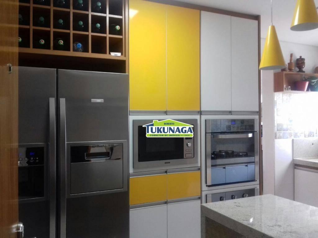 Apartamento com 3 dormitórios à venda, 140 m² por R$ 890.000 - Vila Milton - Guarulhos/SP