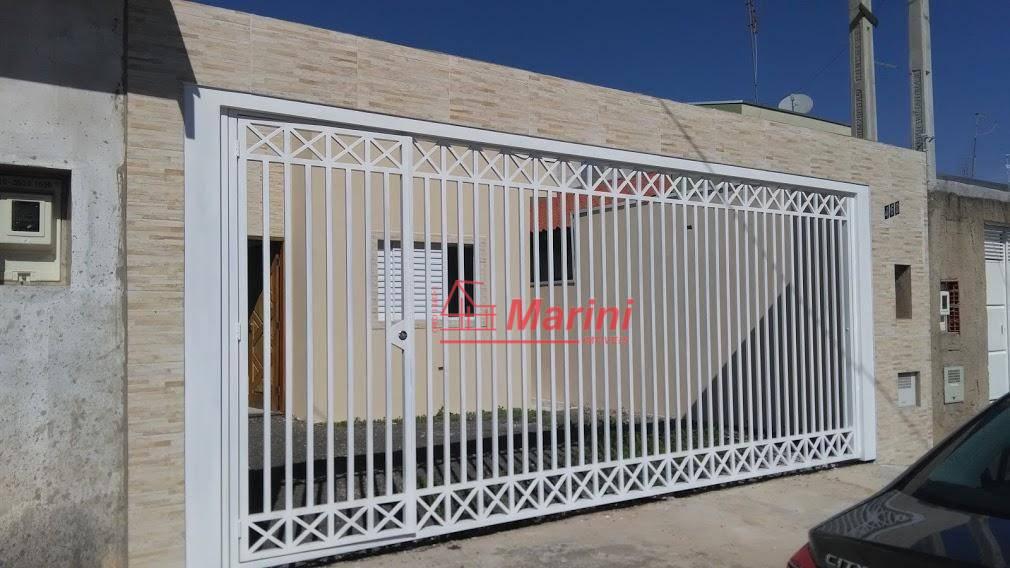 Casa com 3 dormitórios, 1 Suite à venda, 85 m² por R$ 330.000 - Jardim Panorama - Salto/SP