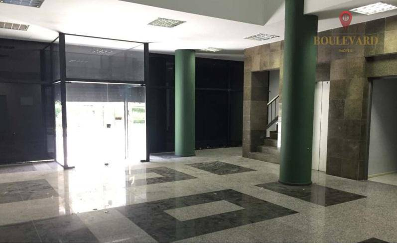 Prédio Comercial/Lojas no Centro