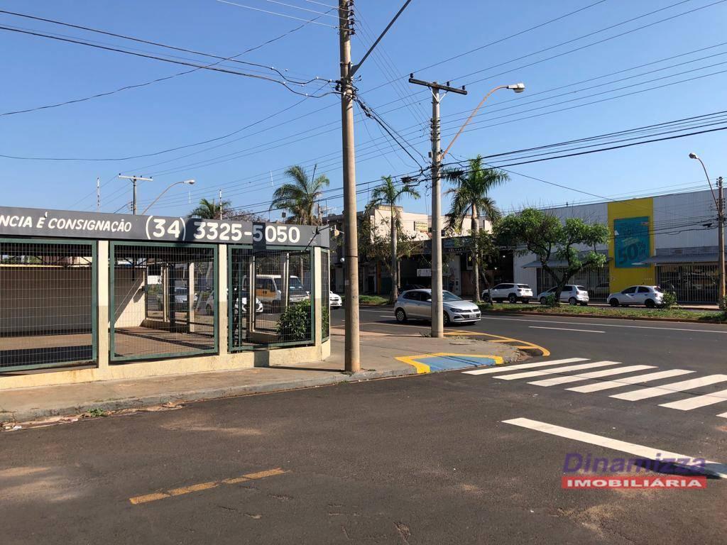 Área comercial para locação, Santa Marta, Uberaba.