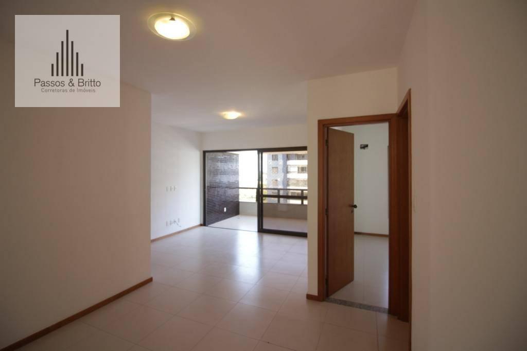 Apartamento com 4 dormitórios, 3 suítes, 3 vagas, varanda, andar alto, à venda, 130 m² por R$ 930.000 - Itaigara - Salvador/BA