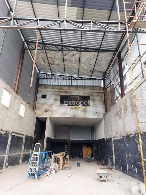 Galpão para alugar, 143 m² por R$ 4.900,00/mês - Vila Sacadura Cabral - Santo André/SP