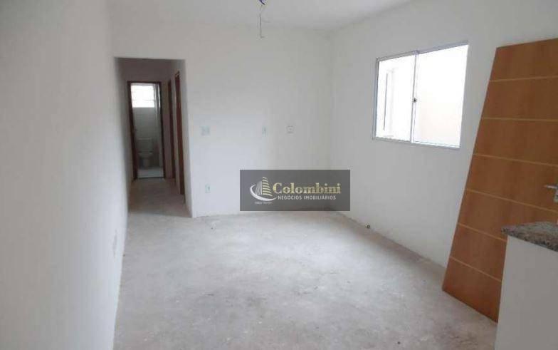 Apartamento no contrapiso à venda, Vila Eldízia, Santo André.