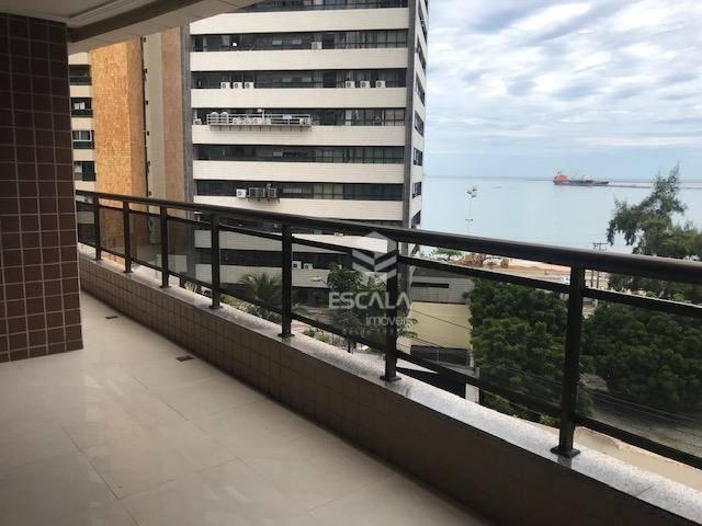 Apartamento com 3 quartos à venda, 242 m², vista mar, 3 vagas, área de lazer, alto padrão - Meireles - Fortaleza/CE