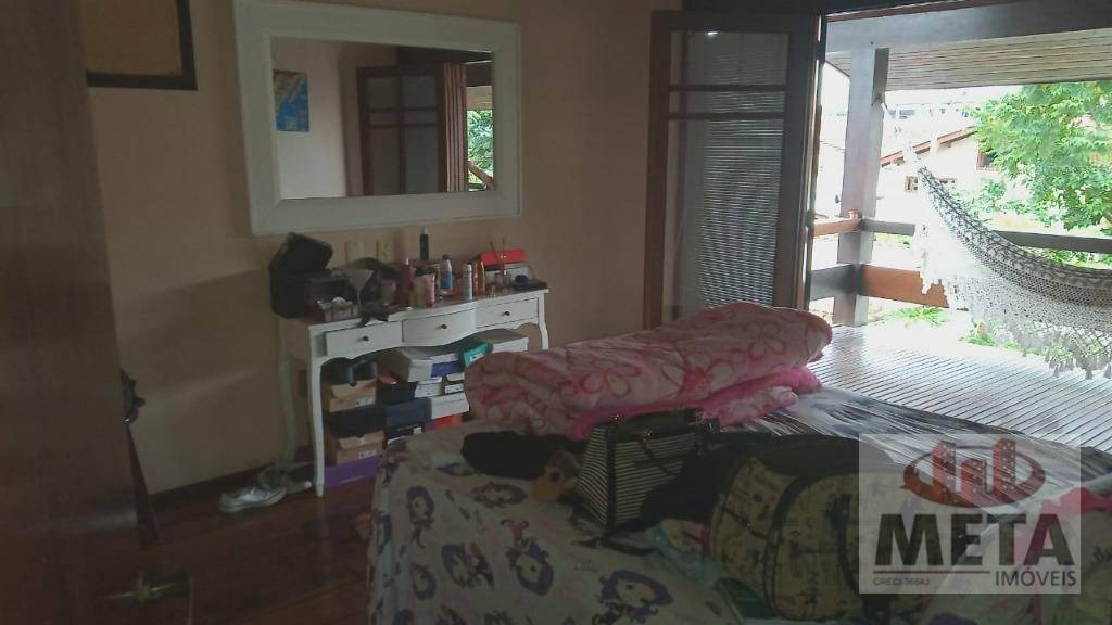 Casa com 4 Dormitórios à venda, 420 m² por R$ 1.500.000,00