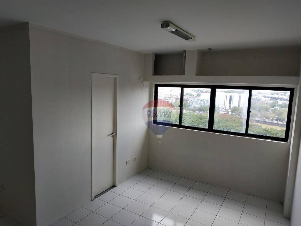 ala com 32,00 m², ótima localização situado no polo hospitalar da Ilha do Leite Recife PE, à venda por R$ 220.000,00.