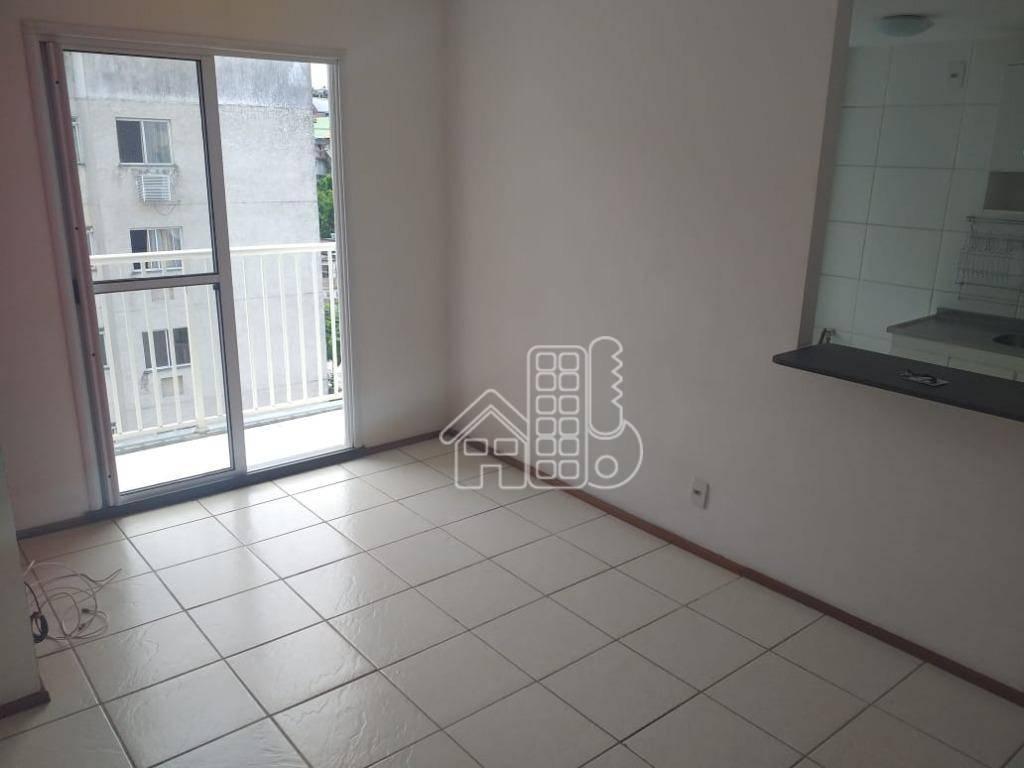 Apartamento à venda, 57 m² por R$ 238.000,00 - Neves - São Gonçalo/RJ