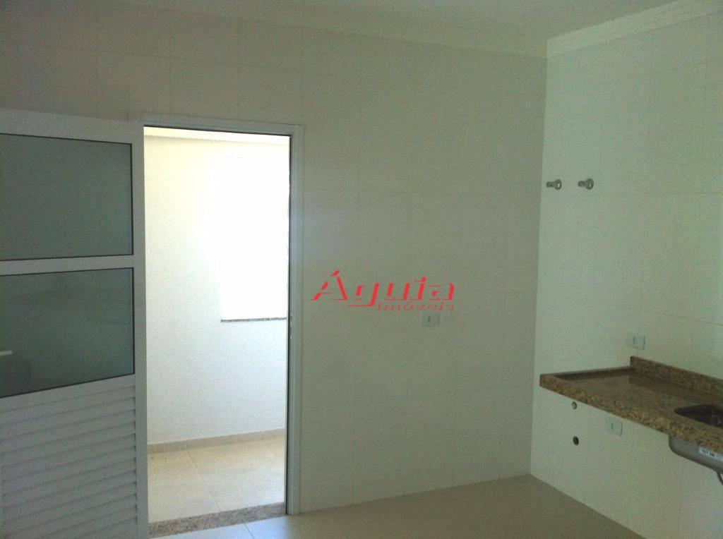 Sobrado residencial à venda, Bangu, Santo André.