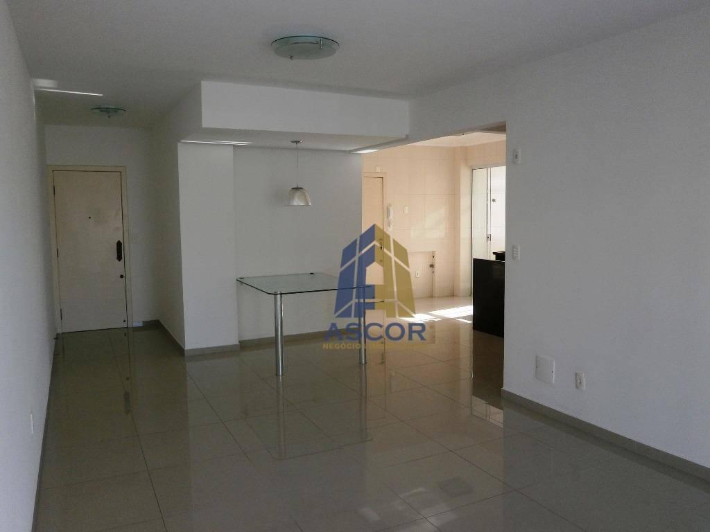 Apartamento com 4 dormitórios à venda, 129 m² por R$ 720.000,00 - Coqueiros - Florianópolis/SC