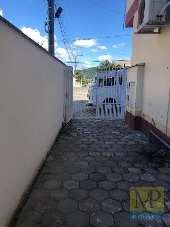 Apartamento com 2 dormitórios para alugar, 60 m² por R$ 1.200/mês - Praia de Armação - Penha/SC