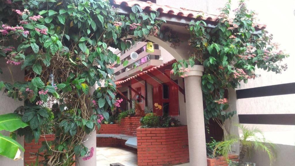 Villagio com 2 dormitórios no Jd. Tres Maria, Guarujá