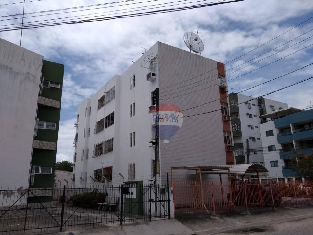 Apartamento com 2 dormitórios + 1 reversível para alugar, 74 m² por R$ 1.100/mês - Candeias - Jaboatão dos Guararapes/PE