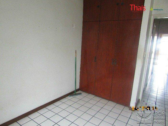 Apartamento de 2 dormitórios à venda em Guará Ii, Guará - DF