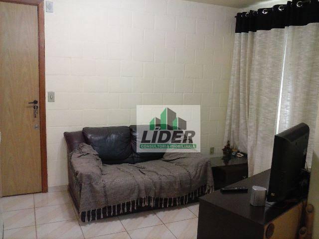 Apartamento em Canoas, no bairro Olaria