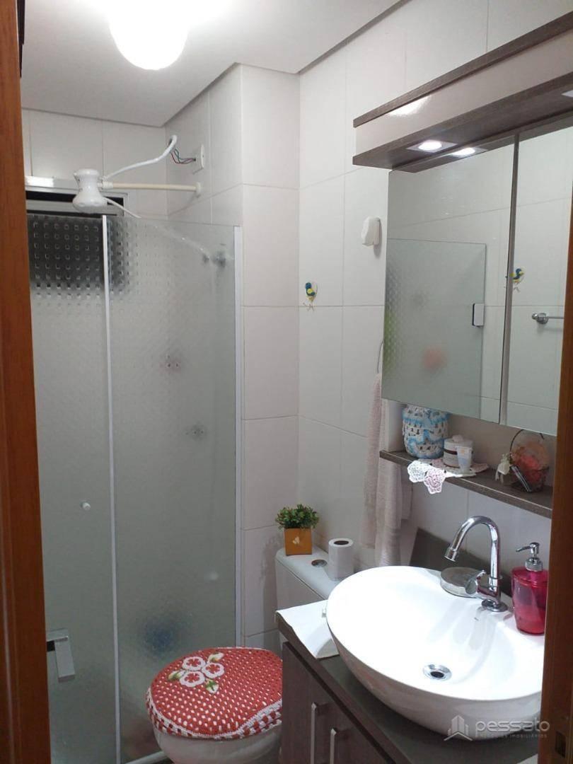 apartamento 3 dormitórios em Cachoeirinha, no bairro Vila Princesa Izabel