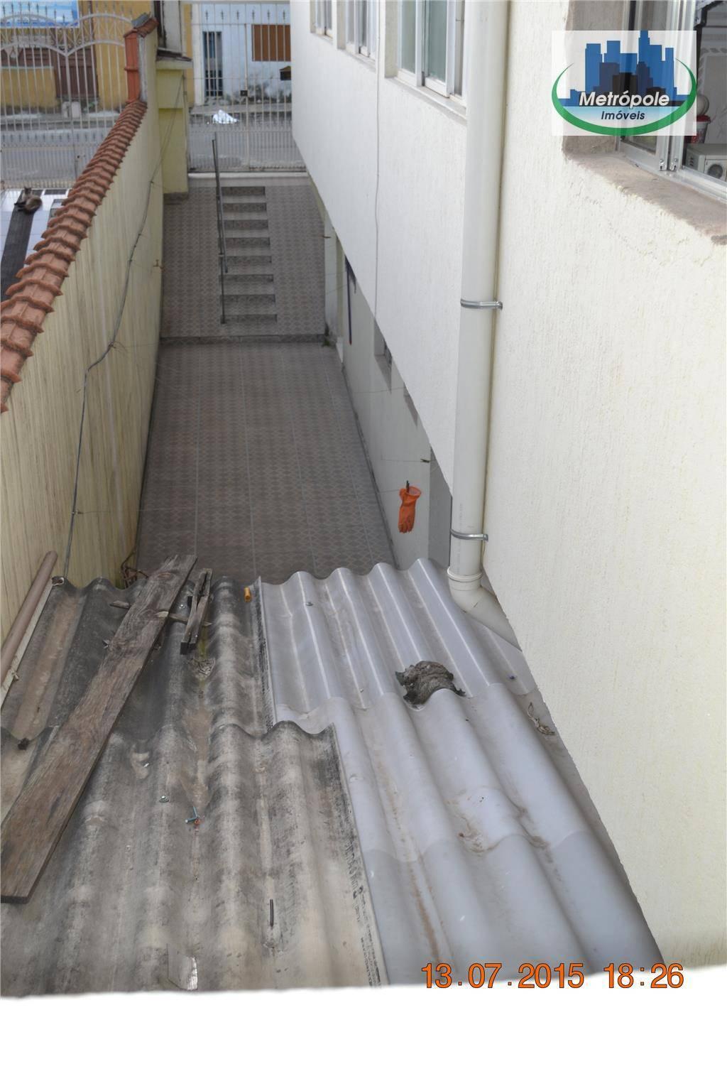 Casa de 6 dormitórios à venda em Jardim Monte Carmelo, Guarulhos - SP