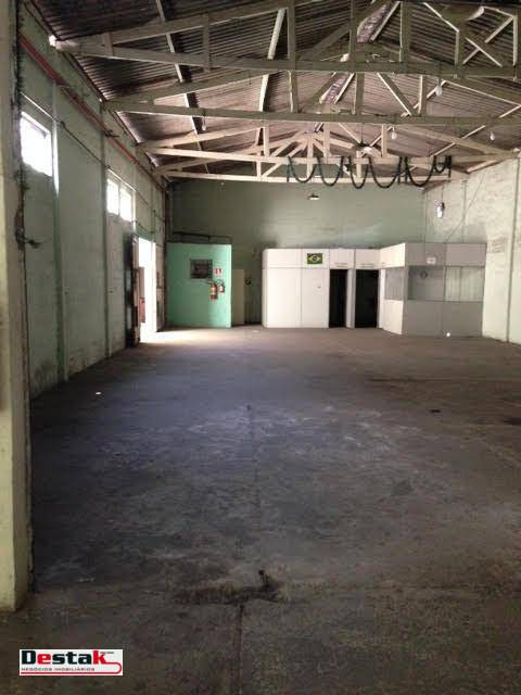 Galpão à venda, 915 m² por R$ 3.200.000 - Piraporinha - Diadema/SP