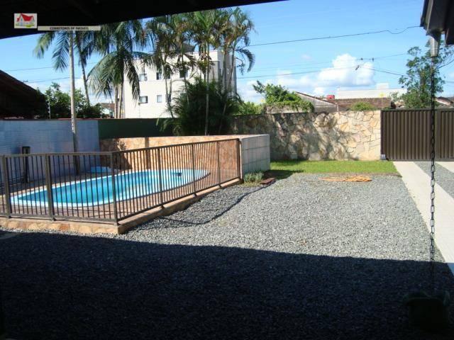 Sobrado com 3 Dormitórios à venda, 200 m² por R$ 450.000,00
