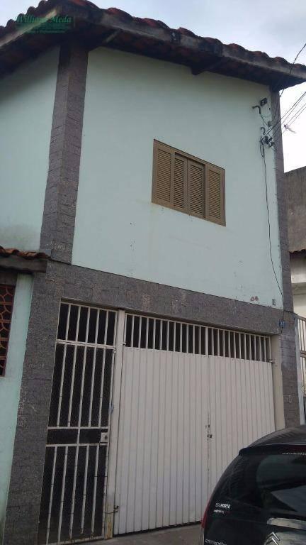 Sobrado residencial para locação, 3 dormitórios. Jardim Jova