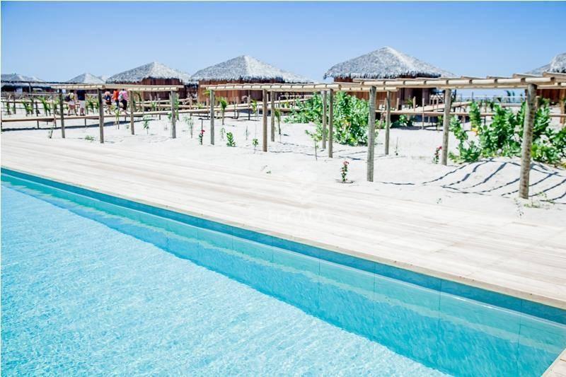 Lote à venda, 450 m², Praia Canoé, lote na praia, condomínio fechado - Fortim - Fortim/CE
