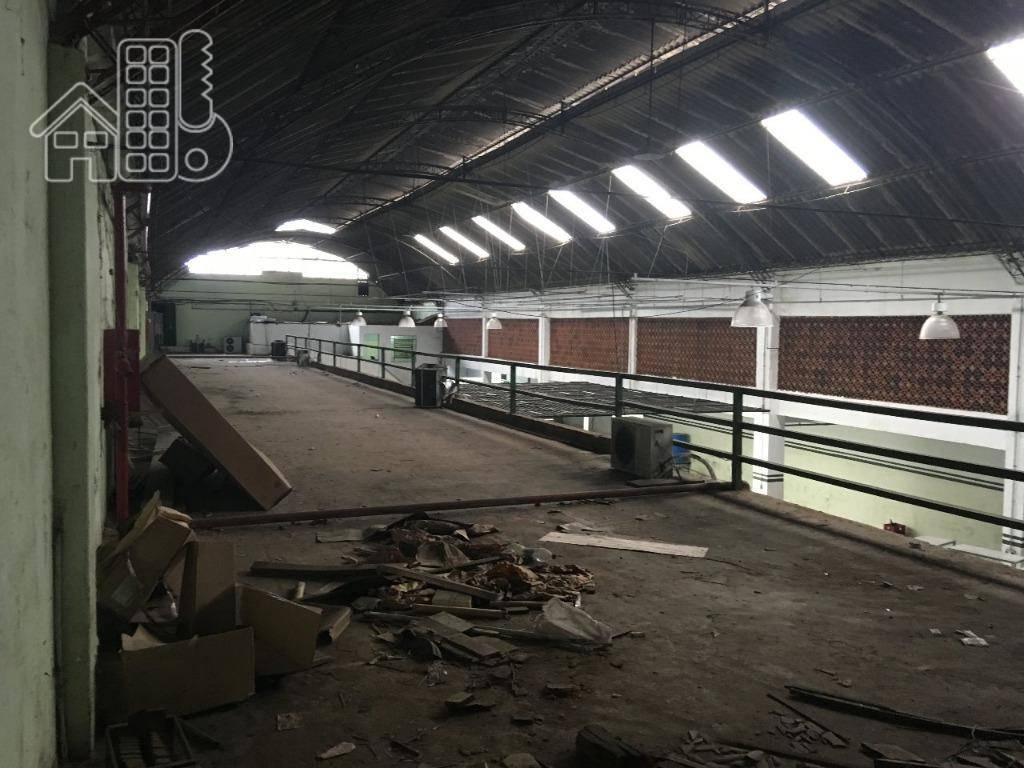 Galpão comercial para locação, São Lourenço, Niterói.