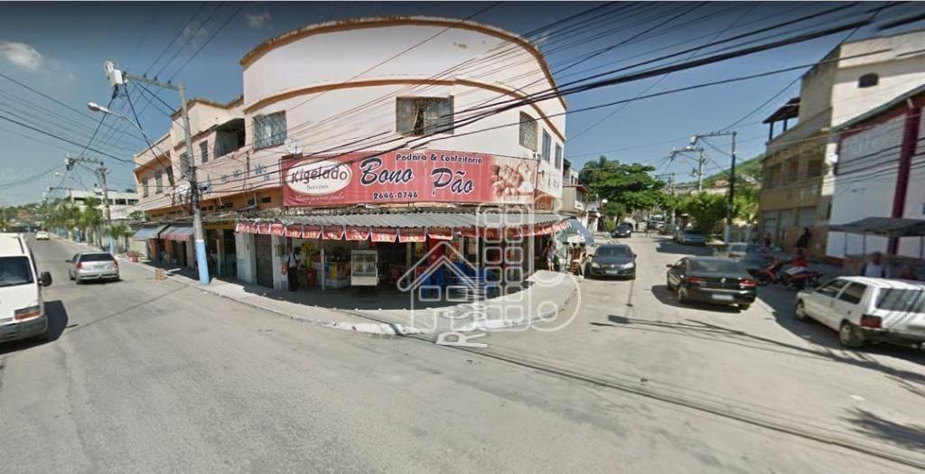 Apartamento com 3 dormitórios para alugar, 100 m² por R$ 750,00/mês - Rocha - São Gonçalo/RJ