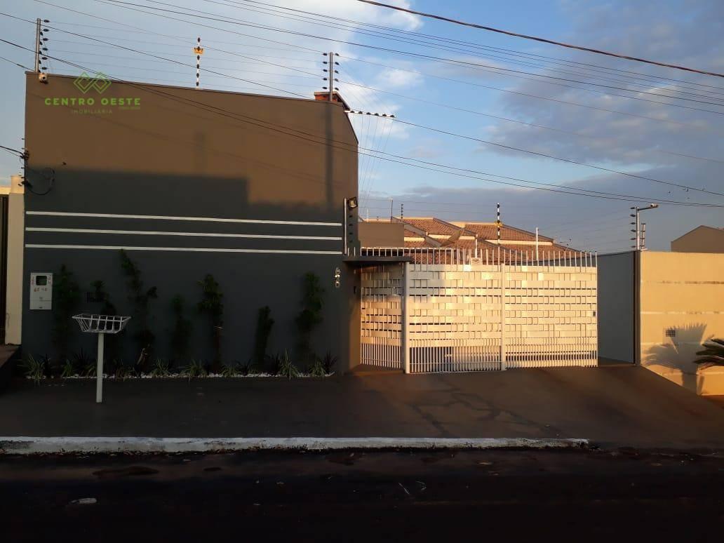 Casa com 3 dormitórios à venda por R$ 450.000,00 - Parque Residencial Buriti - Rondonópolis/MT
