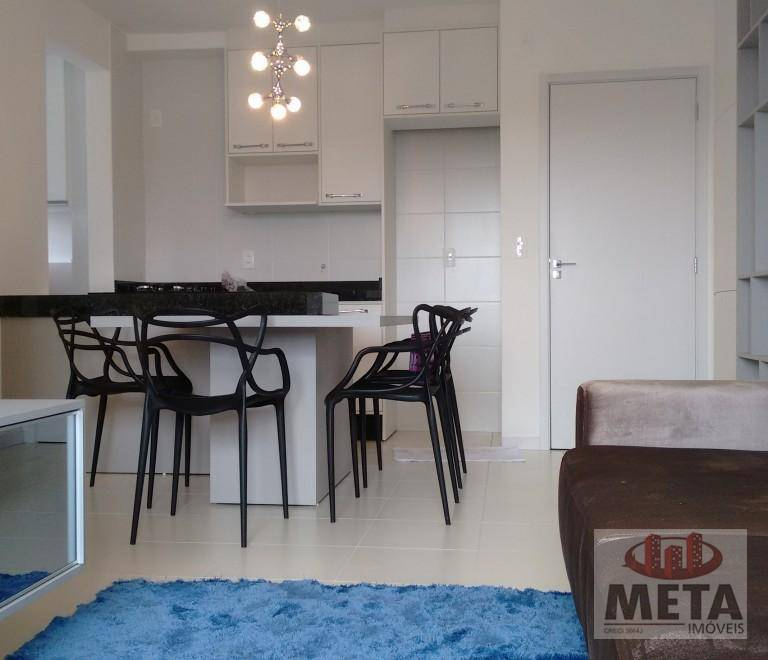 Apartamento com 2 Dormitórios à venda, 51 m² por R$ 215.165,00