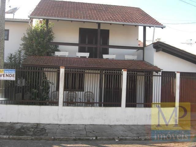 Sobrado com 3 dormitórios à venda, 200 m² por R$ 460.000 - Centro - Penha/SC