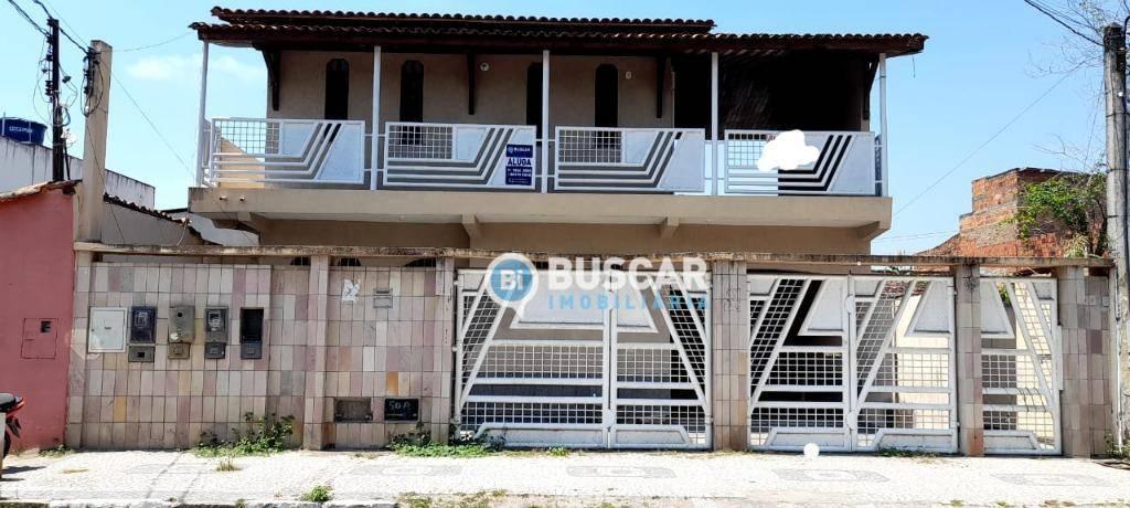 Sobrado com 3 dormitórios para alugar, 300 m² por R$ 800,00/mês - Conceição - Feira de Santana/BA