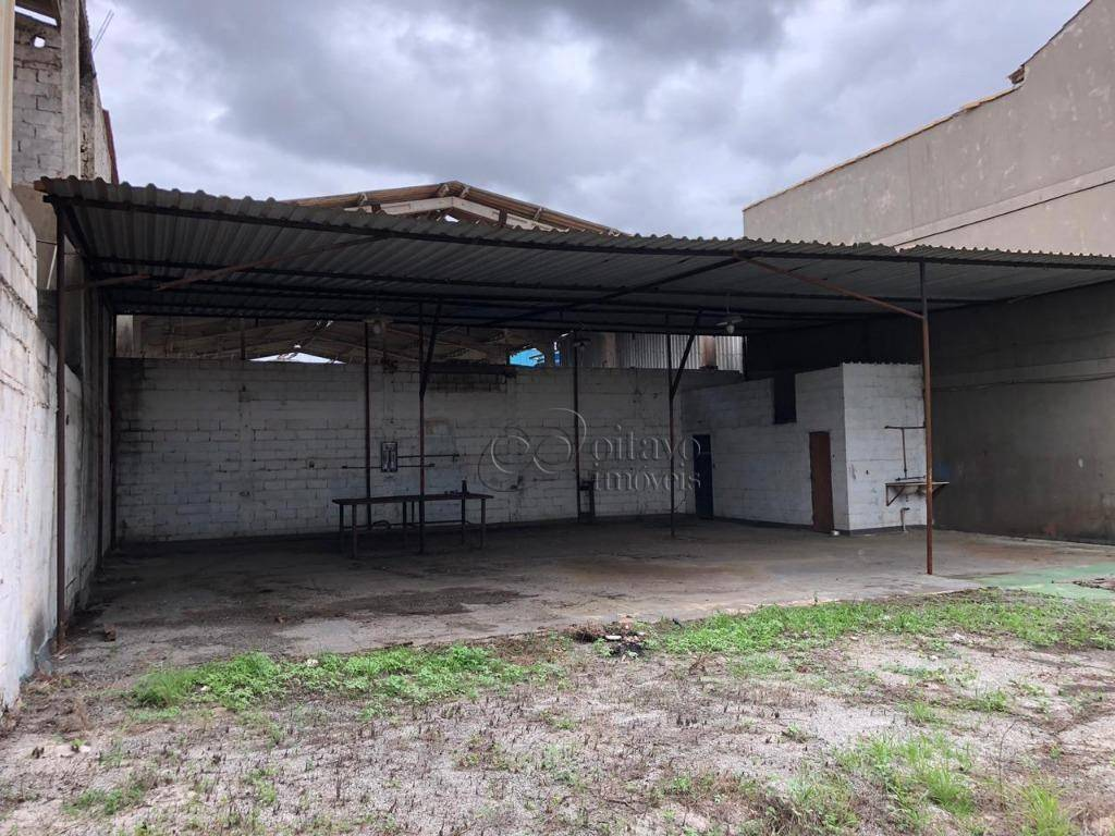 Macaé RJ - Galpão para alugar