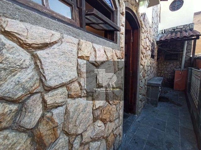 Casa com 1 dormitório para alugar, 30 m² por R$ 800,00/mês - Santa Rosa - Niterói/RJ