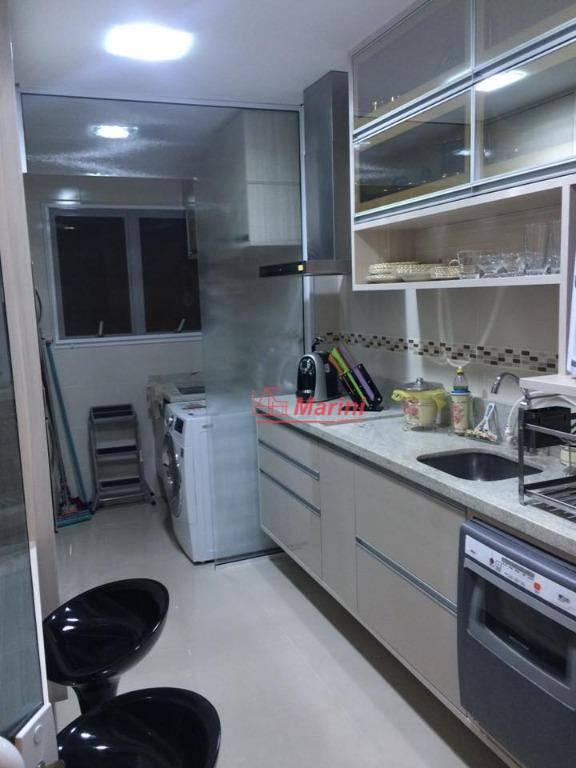 3 dormitórios, nono andar , escritório , 1 suíte, acabamento de alto padrão : piso em...